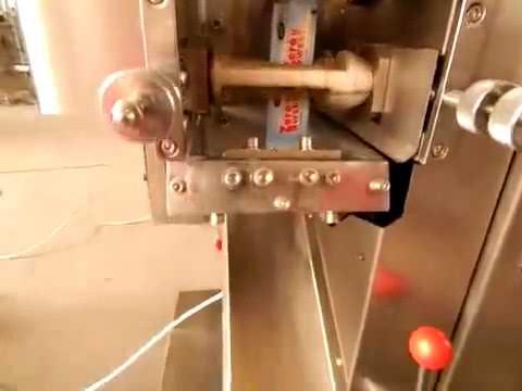 Pulver füllende Verpackungsmaschine automatisches Milchmehl-Kaffeepulver-Verpackungsmaschine-kleines Kissen